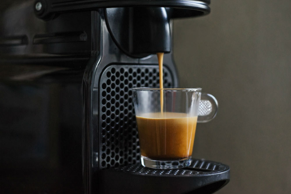 How does an espresso machine work? A lesson in coffee making