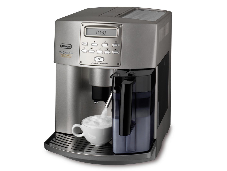 DeLonghi ESAM3300 Magnifica Espresso Machine